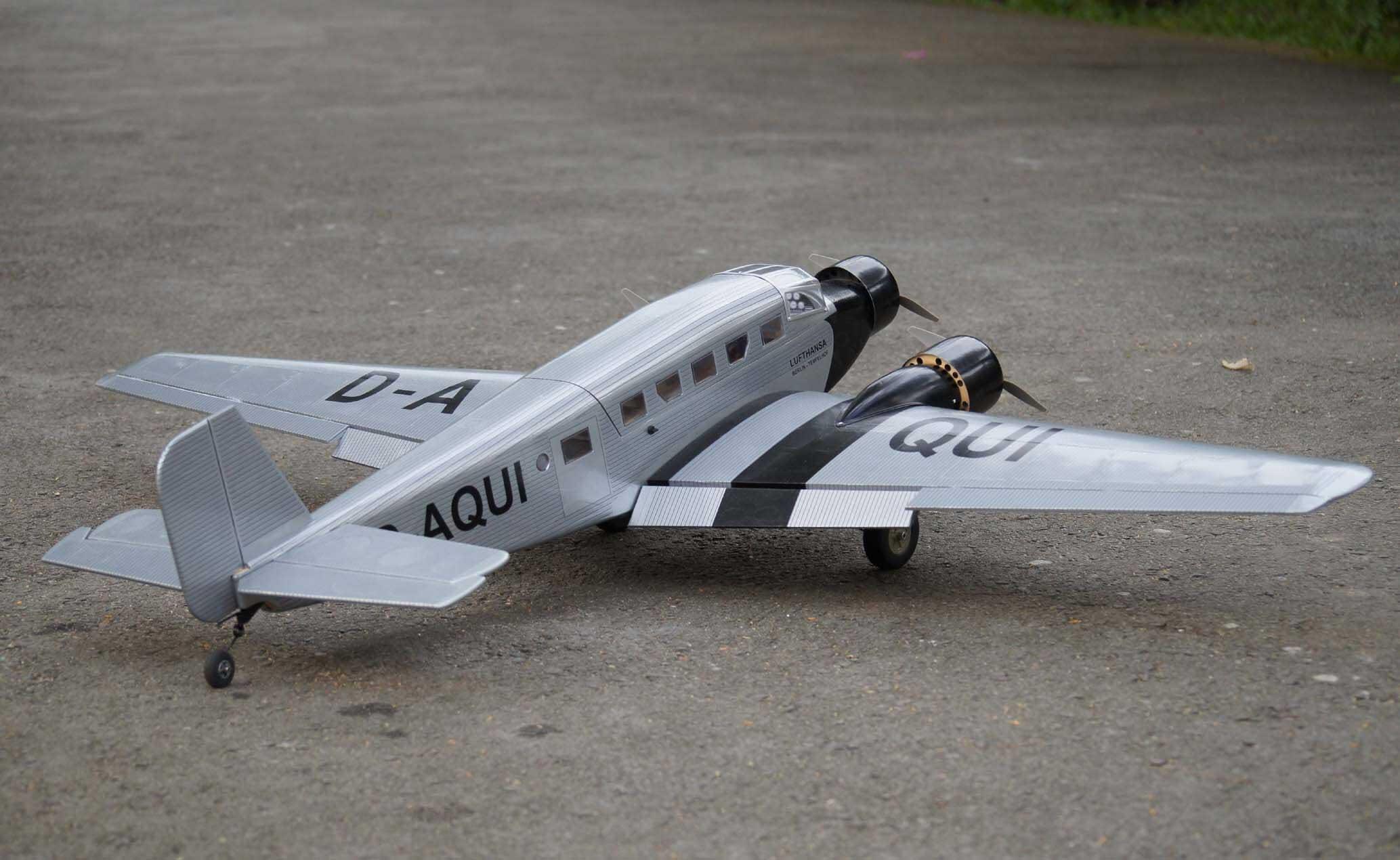 Junkers JU-52 Olympia version 20 size EP ユンカース 電動機