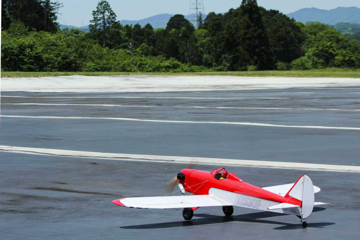 Fly Baby 20 cc size Red/white version フライベビー エンジン機