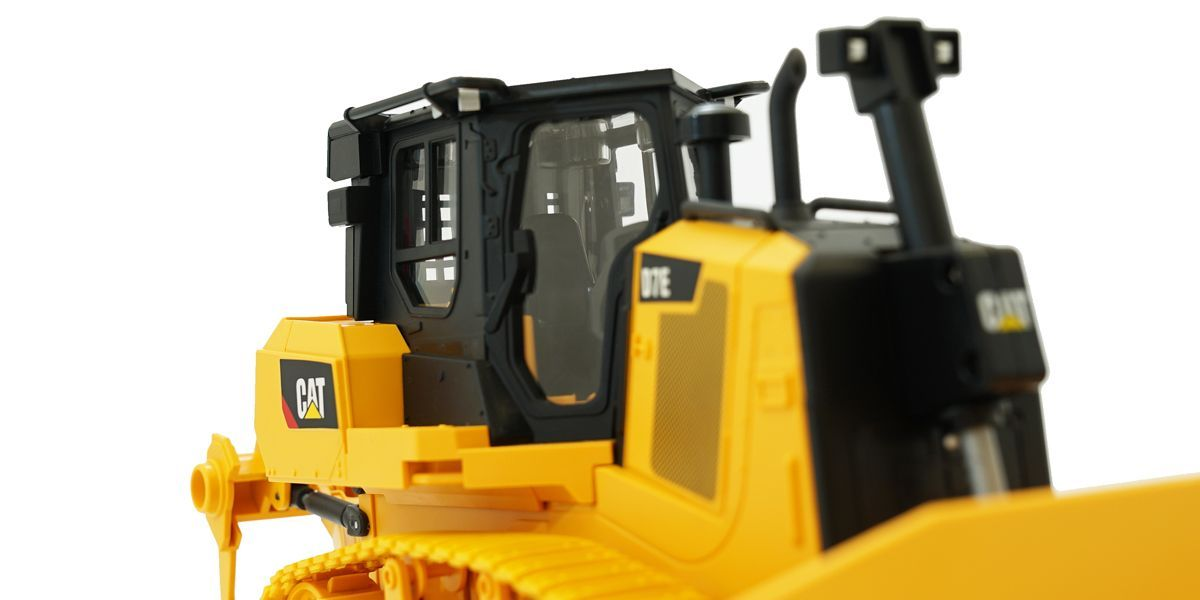 京商 1/24 RC CAT 建機シリーズ D7E Track-Type Tractor (トラックタイプ トラクター:ブルドーザ) 56623