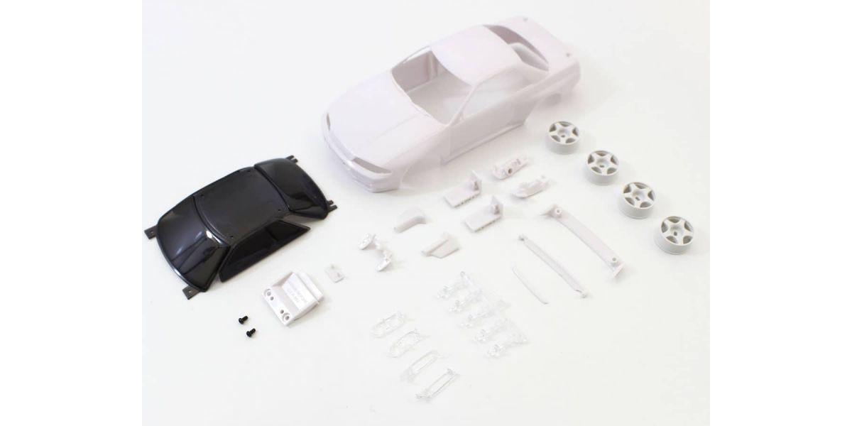 京商 スカイライン GT-R R32 グループA仕様 ホワイトボディセット未塗装ホイル付 MZN201